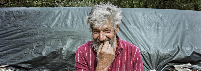 Photo d'un vieux paysan suisse