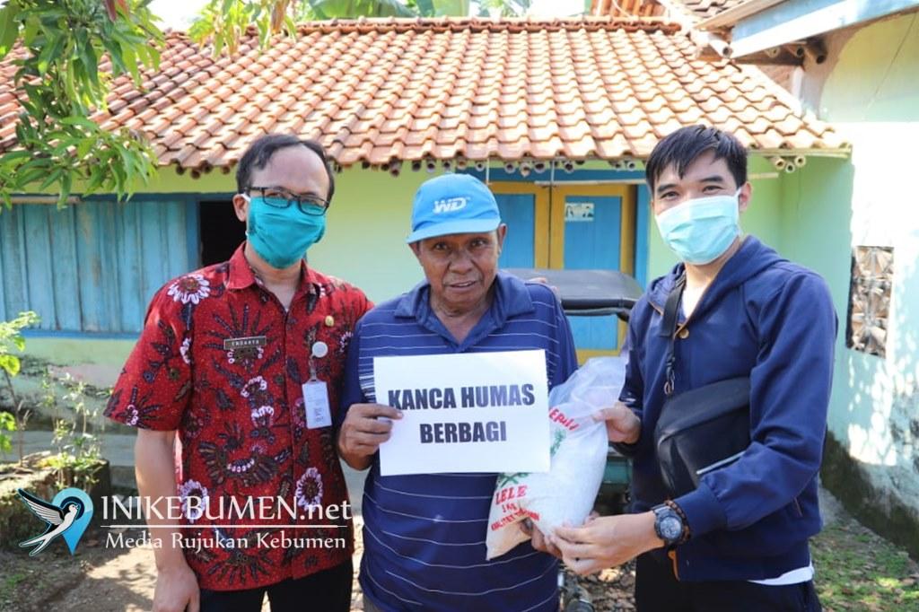 Kanca Humas Kebumen Salurkan Bantuan Beras untuk Warga Terdampak Corona