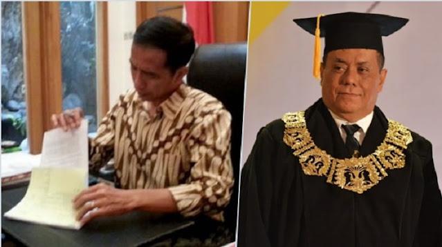 Jokowi Revisi Aturan Bolehkan Rektor UI Rangkap Jabatan, Netizen: Selanjutnya Bukan Mustahil Presiden 3 Periode