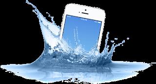 Menyelamatkan Smartphone Yang Kecebur Air Smartphone Anda Kecebur Air? Lakukan 4 Langkah Tepat Berikut Ini