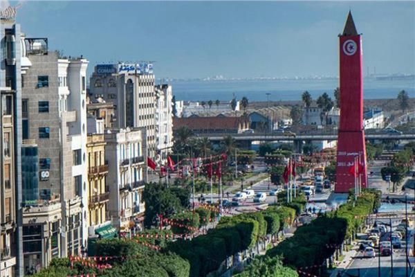 تونس تعيد فتح حدودها أمام السياح بعد السيطرة على تفشي فيروس كورونا