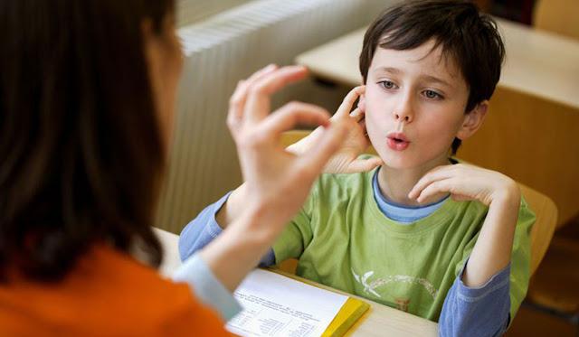 علاج التأتأة عند الأطفال