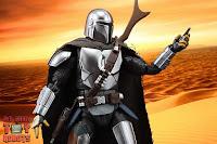 S.H. Figuarts The Mandalorian (Beskar Armor) 57
