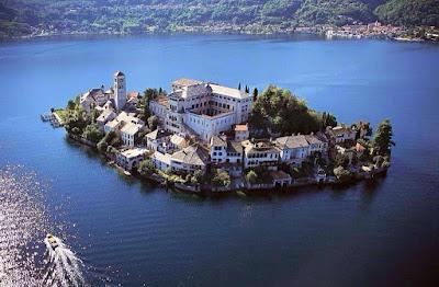 Turismo e viaggi in Italia - Isole belle da vedere