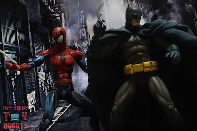 MAFEX Batman (Batman: Hush) 51