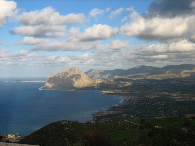 The view from Erice, Sicily  |  Sicilia Selvaggia, Wild Sicily  on *sparklingly  |  http://sparklingly.blogspot.com