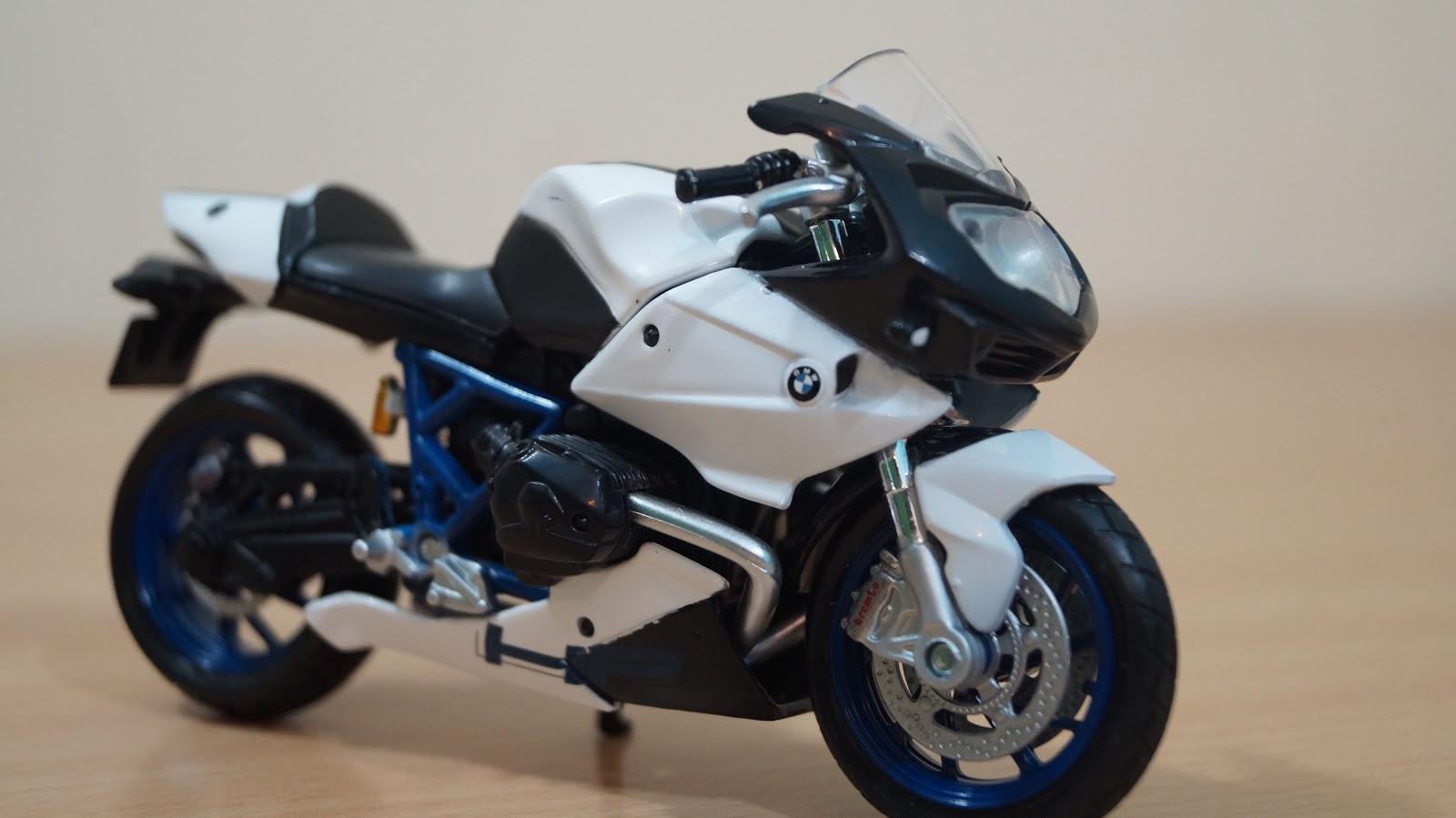 shamshad maker: maisto 1:18 bmw hp2 sport diecast scale bike | review!!