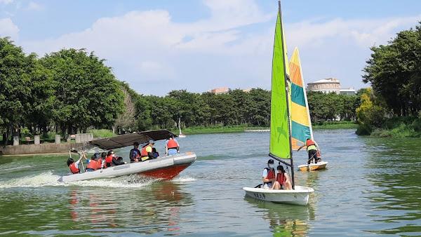 體育署補助體驗風帆及風浪板 明道大學推展水域運動