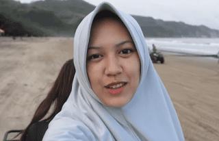 happy-asmara-hijab-cantik