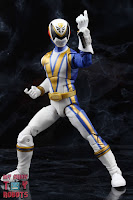 Power Rangers Lightning Collection SPD Omega Ranger & Uniforce Cycle 13