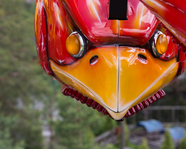 PauMau blogi nelkytplusbloggari nelkytplus Tykkimäki huvipuisto Kouvola laite Taifun punainen muovi