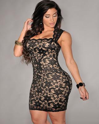vestido corto entallado con encaje vintage elegante