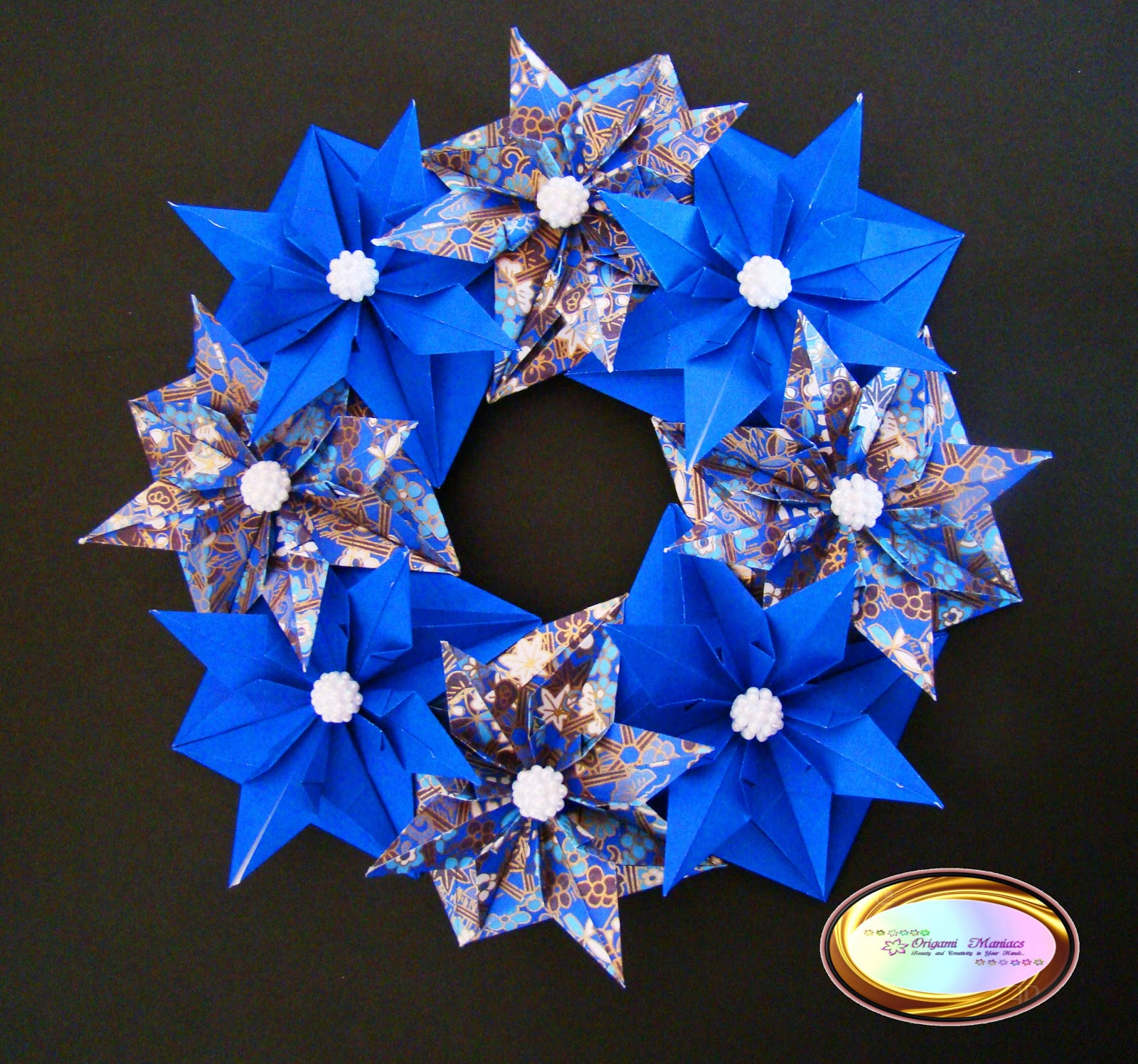Origami Maniacs: Beautiful Origami Christmas Wreath