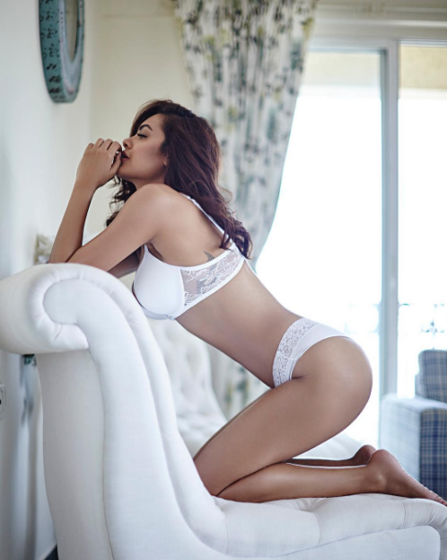 Esha Gupta Super Hot & Spicy Shoot In White Lingerie