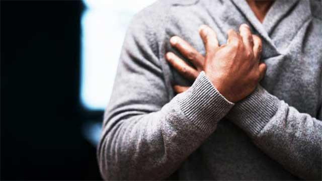باحثون يطورون جهازاً لتشخيص النوبات القلبية في دقائق
