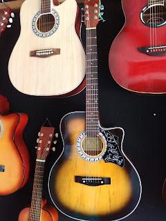 Gitar yamaha FG-330 Murah