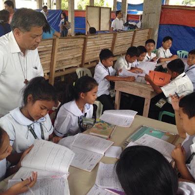 DepEd Secretary Luistro's school visit