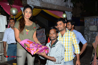 Actress Sri reddy (apthatrust director) Distrubuted Blankets for Orphans at Sai Baba Temple  0036.JPG