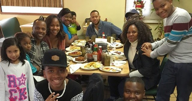 Family Time - Bishop TD Jakes Spends Christmas With ...