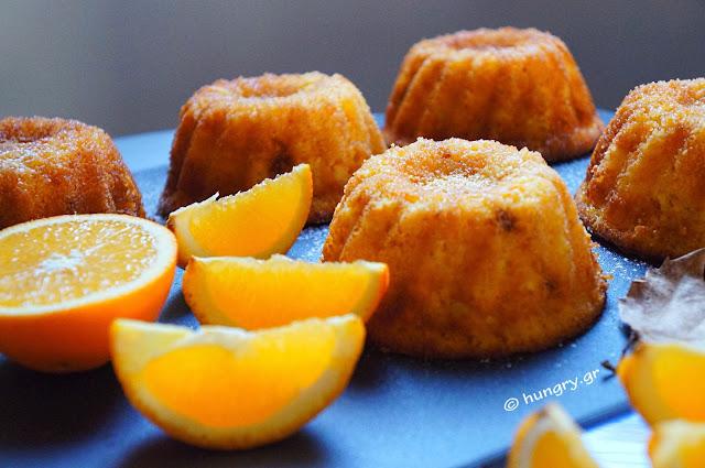 Σιροπιαστά Κεκάκια Πορτοκαλιού