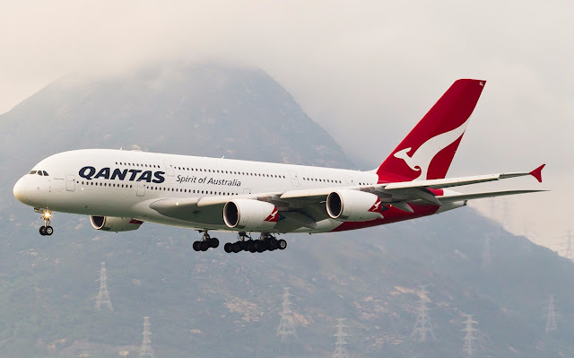 Qantas Airways A380-800 Approaching