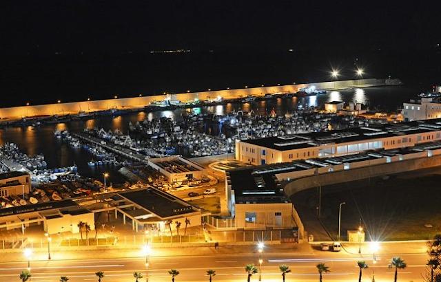 انتشال جثة مراقب الشرطة من حوض ميناء طنجة المدينة