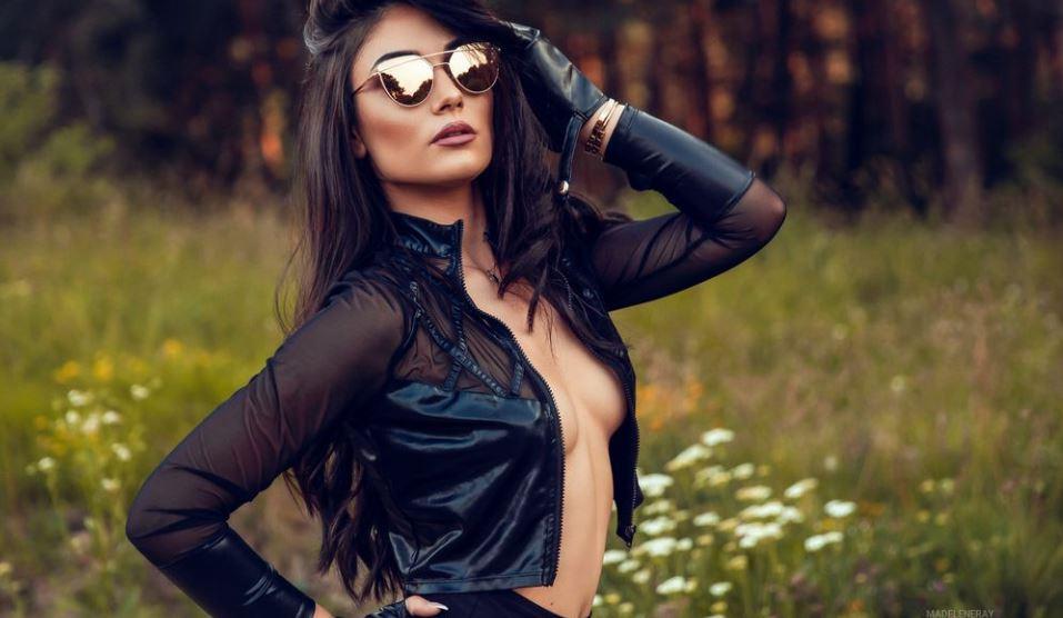 MadeleneRay Model GlamourCams