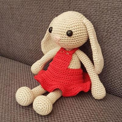 Амигуруми зайка вязаная игрушка
