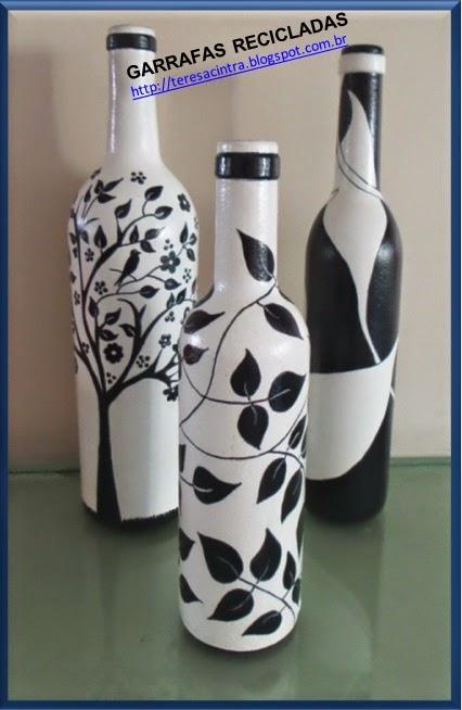 lixo é luxo; garrafas; decoração, reciclagem, pintura em garrafas; reaproveitamento; artes; reciclagem de garrafas; faça você mesmo; pintura em garrafa; garrafa fofa; artes com garrafas; pintura preto e branco; lixo é luxo
