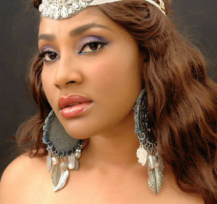 Actress Angela Okorie replies Kemi Olunloyo says she will die in Prostitution