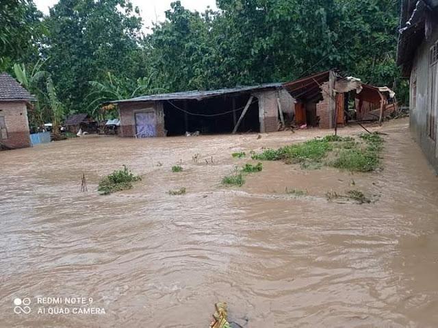 Puluhan_Rumah_Warga_Desa_Tonda_Terendam_Banjir