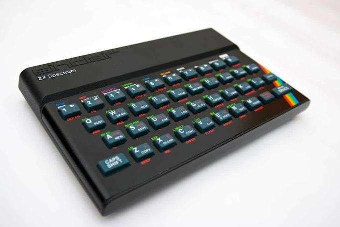 La piratería española en los 80 y el origen de las primeras tiendas de videojuegos.