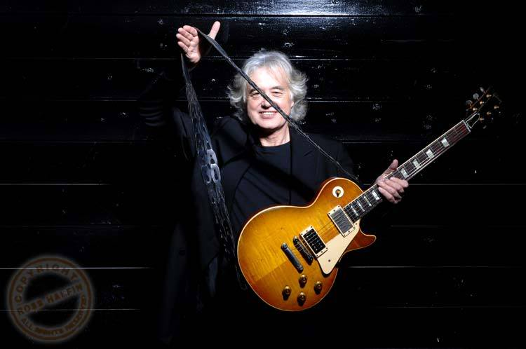 Jimmy Page Les Paul : iconic axes the instruments used by the gods of six strings jimmy page 39 s number one gibson les ~ Hamham.info Haus und Dekorationen