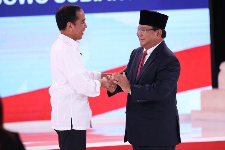 Bikin Penasaran! Prabowo Sukses Bikin Jokowi Terkekeh, Ngomong Apa Ya?