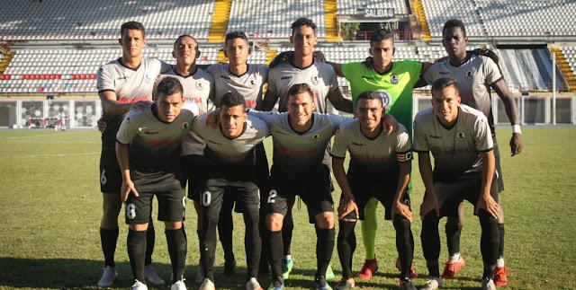 APURE: Apureños Freiner Duran y Richard Almeida en partido de ida de final torneo de reservas.
