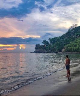 pantai senggigi pulau lombok sumbawa ntb