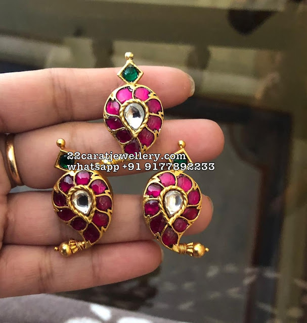 925silver Studs and Pendants Sale 2500 to 4000 range