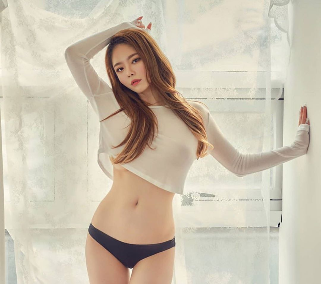 Korea Beautyful Girl Pic No.003 || Jung Mi