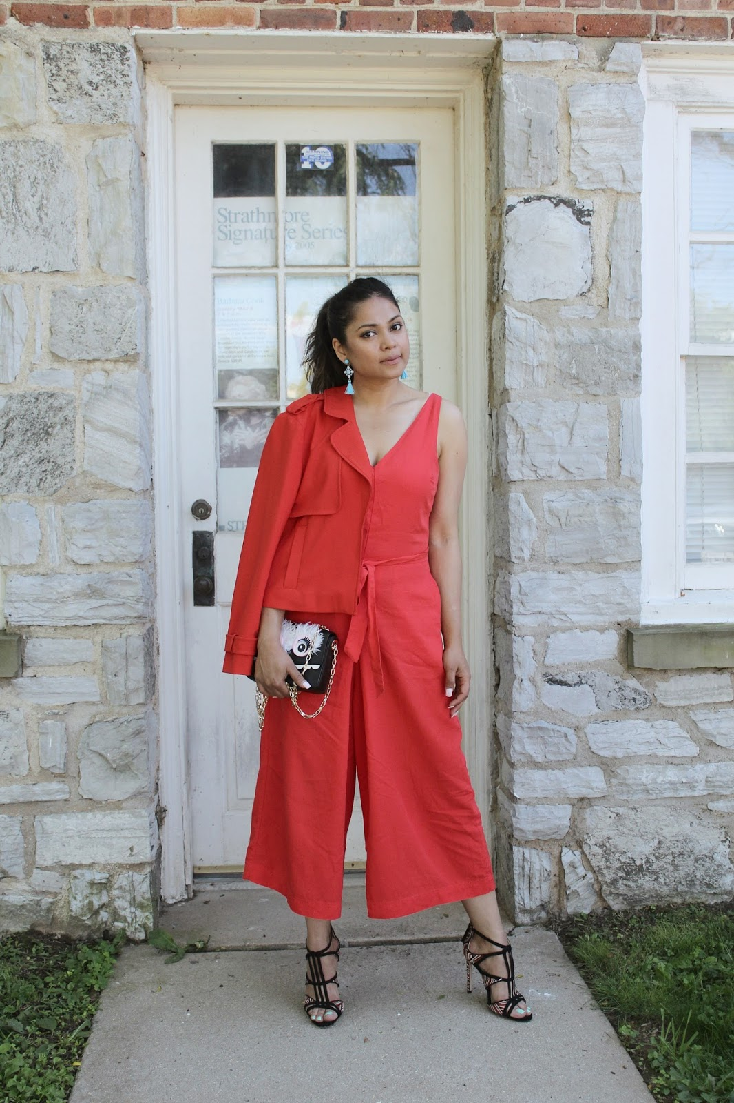 red jumpsuit, gap jumpsuit, street style, sugarfi bauble bar earrings, tassel earings, how to wer a red jumpsui9t, fashion blogger, mom style, color blocking, saumya
