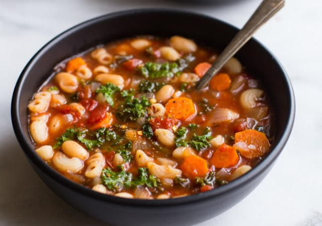 Hearty Tuscan Soup #vegetarian #dinner