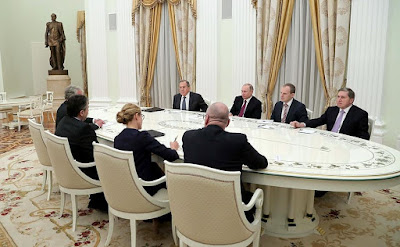 Vladimir Putin, Sigmar Gabriel, diplomats.