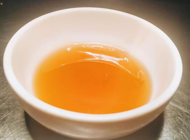 Honey in a bowl for Crispy Honey chicken recipe honey chicken