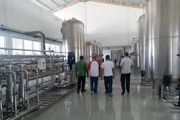 Doris Alexander Rihi Tinjau Pabrik AMDK, Rumput Laut dan Tambak Garam di Sabu Raijua