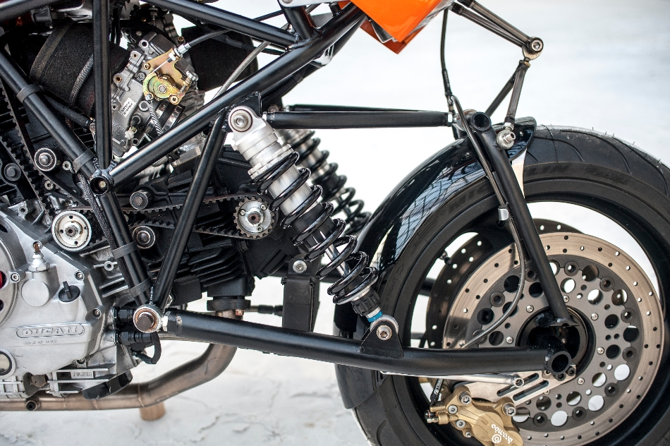 Racing Cafè: Ducati 900 SS