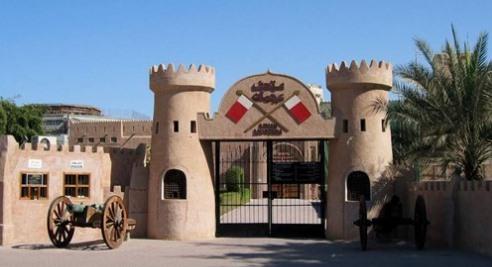 متحف عجمان الأنشطة التي يمارسها من يفد لمتحف عجمان واقسام المتحف