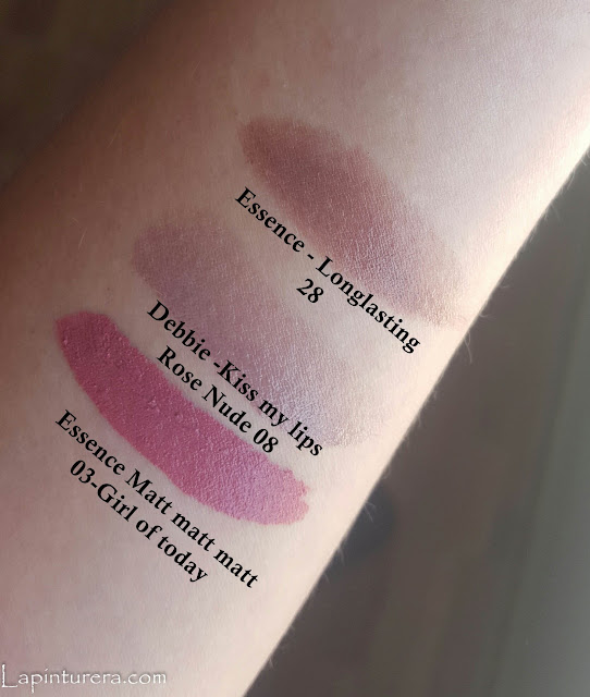 Swatches labiales essence y debbie