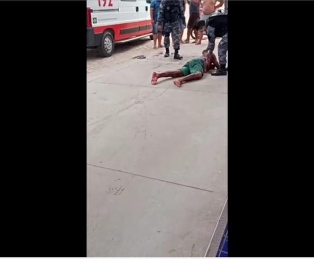 Vídeo: Homem é baleado após atacar população durante surto psicótico em cidade do Piauí