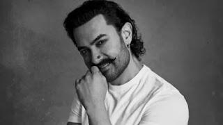 Aamir khan got 11 thousand for the movie QSQT