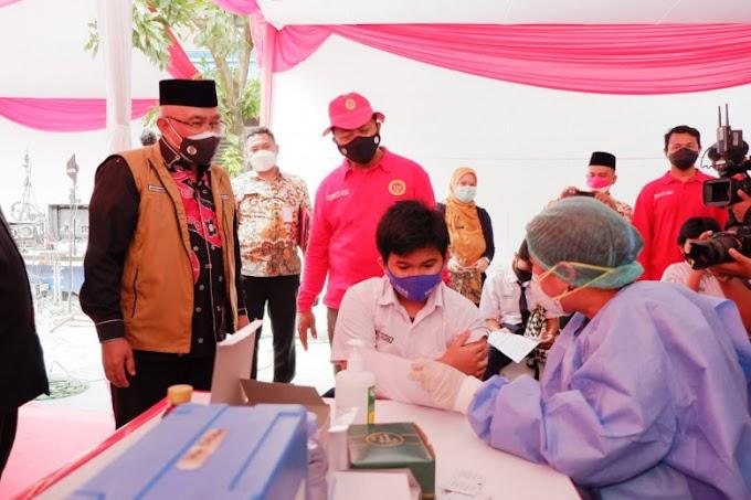 Pemkot Depok dan BIN Jabar Gelar Vaksin Massal