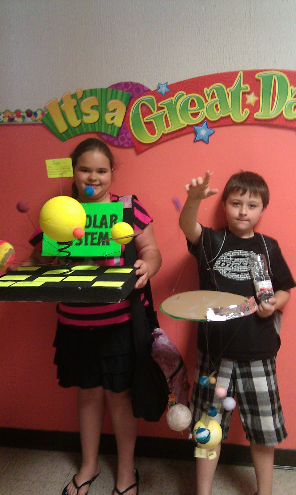 Ms. Kassie's 4th Grade Class: Solar System Projects